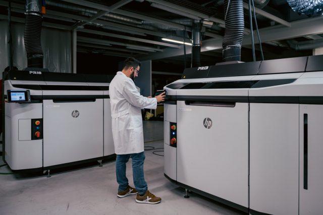Vogliamo qualità italiana a costi competitivi: il nuovo servizio di manifattura con tecnologia Multi Jet Fusion